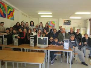 donazione pc scuola media Vezzano e Quattro Castella