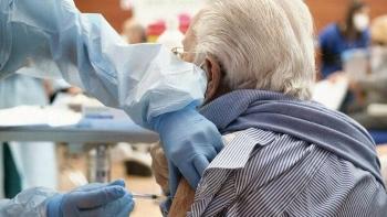 Leggi: «Vaccini agli over 85, prenotazioni dal…»