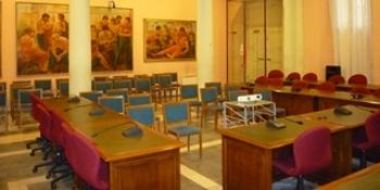 Leggi: «Convocazione Commissione Consiliare n. 7»